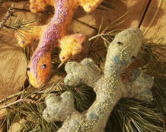 Felt toy.  felt animal, platypus toy, soft animal, dragon, green, christening gift, birthday, handmade. Lizard Esmerald