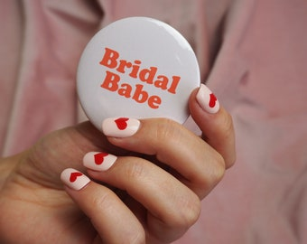 Bridal Babe Pink & Red Hen Party Badge - Bach Party / Hens Party / Hen Do / Hen Weekend