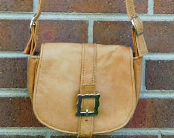 Leather Saddle Bag. Small. Light Yellow. Elk .Leather purse. summer style.  women. cross body bag.hip bag shoulder bag e49fd70092