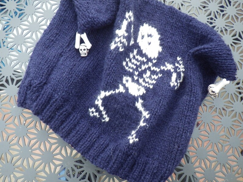 Knitting Pattern: Dancing Skeleton Slouch Hat/Toque image 1