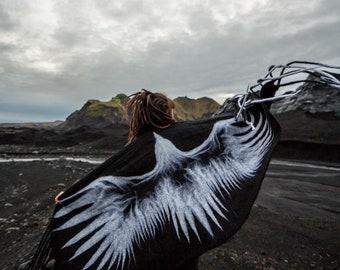 Felt Wool Merino Shawl/Wrap/Blanket White Crow Unique Gift