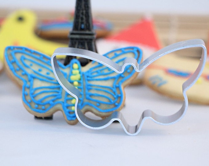SALE Butterfly Cookie Cutter - Spring Garden Firefly Dragonfly Sweet Love Wedding Mold Party Biscuit Fondant Sugar Cutter