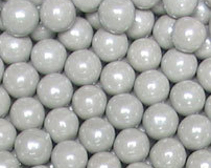 Silver Pearl Candy Beads Edible Cupcake Decorations (2 ounces)