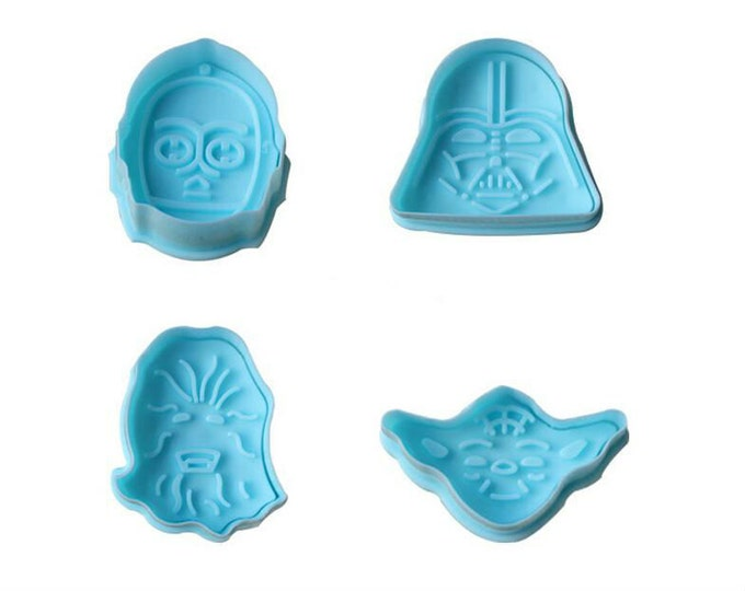 SALE 4 pc Star Wars Fondant Cookie Cutter Plunger Mold Set - Darth Vader Chewbacca C-3PO Yoda Candy Cutter