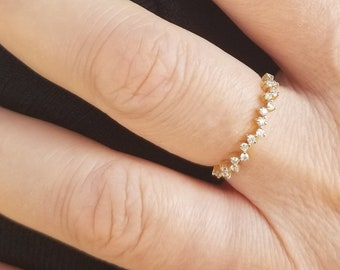 Diamond Cluster Ring /  14K Solid Yellow Gold Diamond Wedding Band /  Stackable Diamond Ring / Minimalist Diamond Ring / Cluster Ring