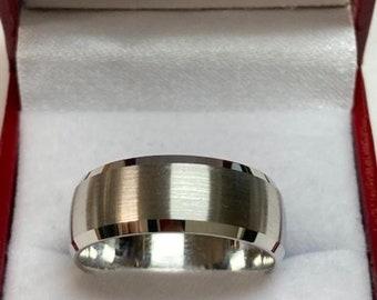 Mens Platinum Wedding Band, Mens Platinum Wedding Ring , 8mm Beveled Edge Satin Finish Platinum Mens Wedding Bands, 950 Platinum Ring