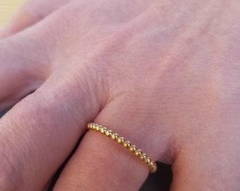 Twist Ring / 14K Solid Yellow Gold Wedding Band /  Stacking Ring / Womens Wedding Ring  / 1.5mm Thin Wedding Band / Minimalist Twisted Ring