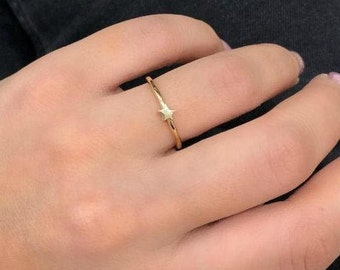 14K Solid Yellow Gold Star Ring, Minimalist Star Ring, Small Star Ring, Dainty Star Ring, Womens Ring, Mini Star Ring, Gold Ring