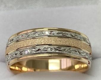 Hand Engraved Mens Wedding Bands, Hand Engraved Mens Wedding Rings , 8mm 14K Two Tone Gold Wedding Bands, Rings for Men, Hand Engraved Rings