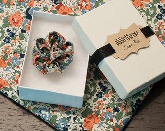 Flower lapel pin, Lapel Flower Pin - Kanzashi Flower Lapel Pin - Lapel Pin Men's