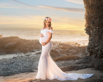 bb7f59009e3 Samantha Gown • Sweetheart Lace and Chiffon Pregnancy Dress • Fitted  Chiffon Mermaid Style Maternity Gown
