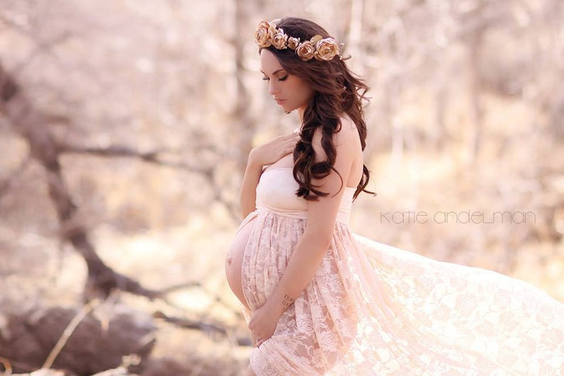 3d05d477546 Jennifer Gown Lace Maternity Gown Sweetheart Style