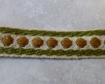 Cream Trim with Brown and Green Accents