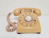 Beige ITT Desk Phone 1970 39 s Table Telephone Untested