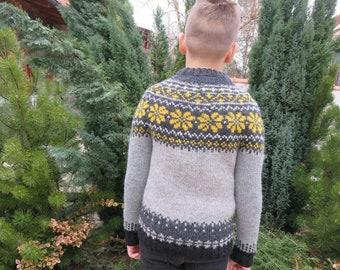 Nordic woolen children's jumper in grey with yellow