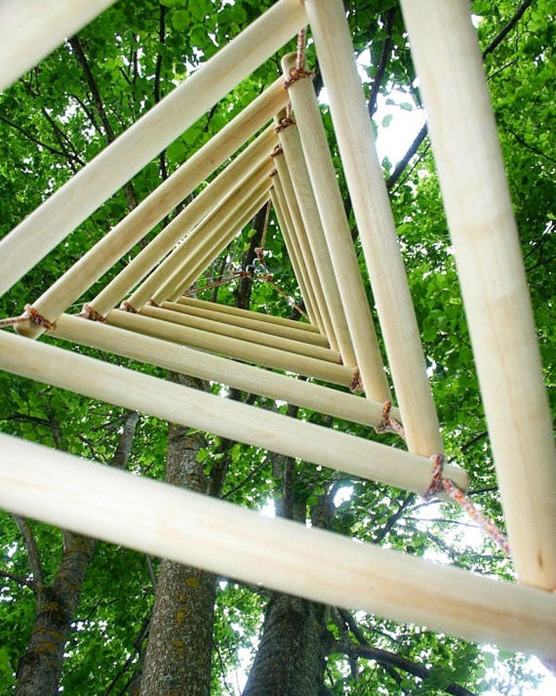 Triangular rope ladder wide 3 sided rope ladder kids image 0