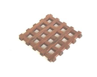 Walnut wooden trivet, wood trivet, wooden hot mat, hot plate