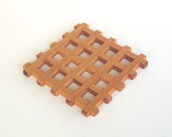 Cherry, red cedar wooden trivet, wood trivet, wooden hot mat, hot plate, wedding / housewarming gift