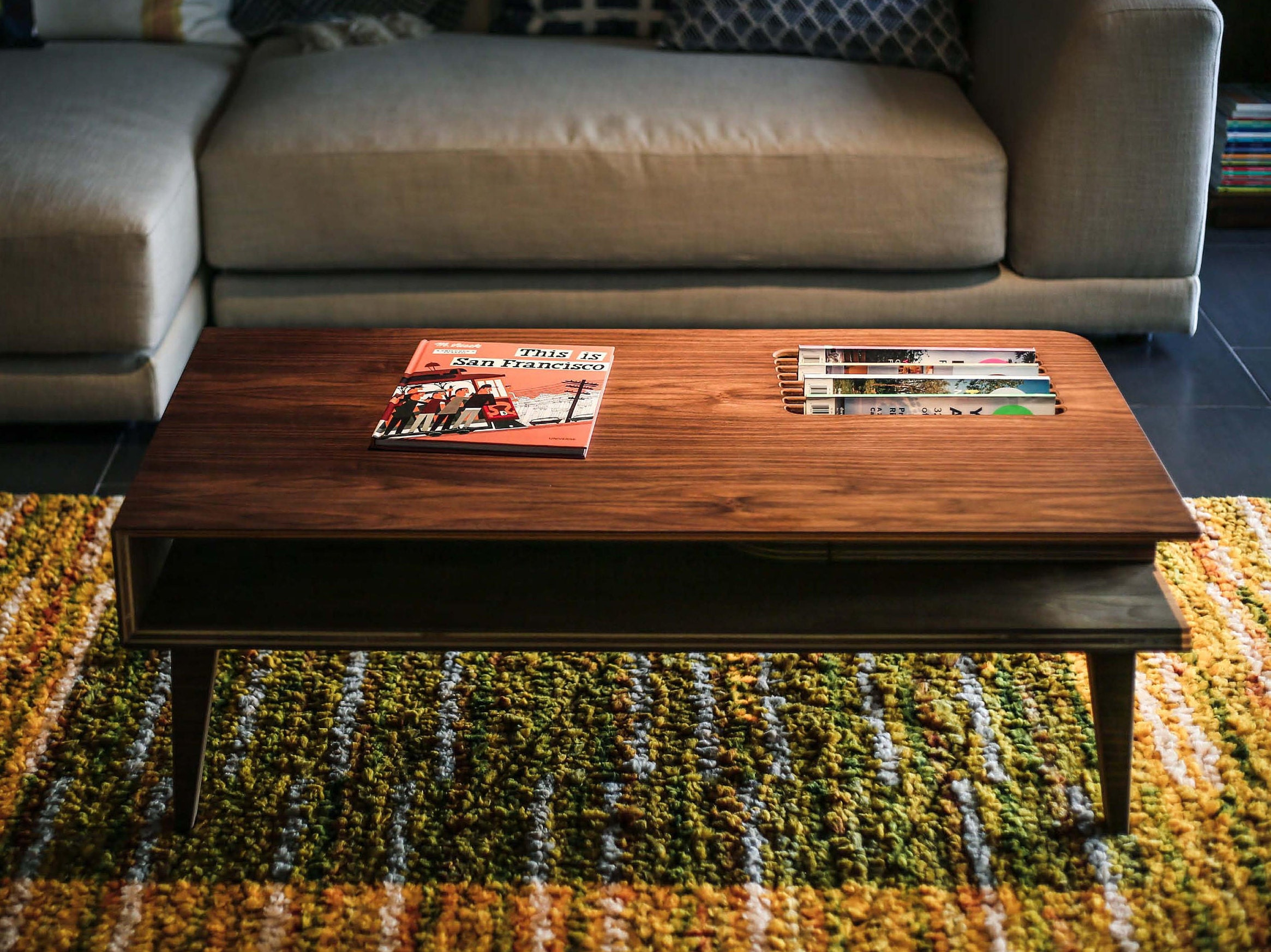 Mid Century Modern Coffee Table In Walnut Wood Walnut Coffee