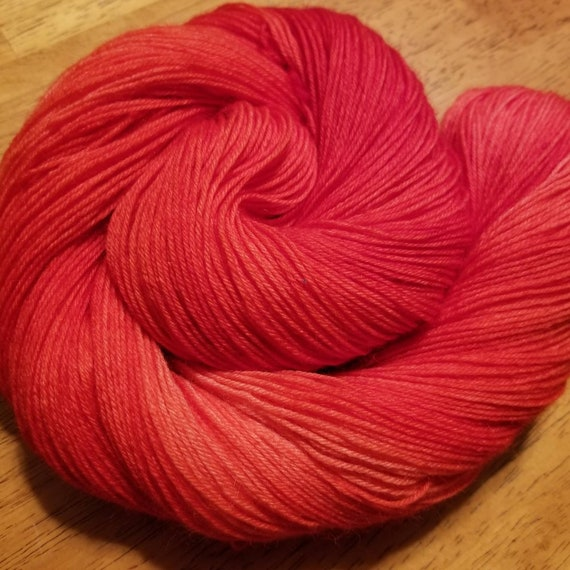 Indie Dyed 100% Merino/SW - Fingering weight yarn 100g,  400m