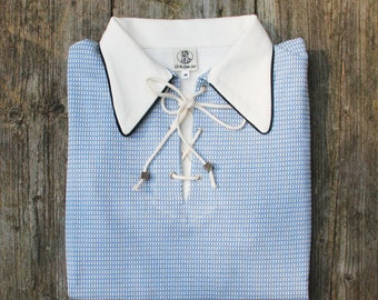 polo shirt st Malo blue in retro 1930s nautical style with spearpoint collar and rope closure in light blue knit