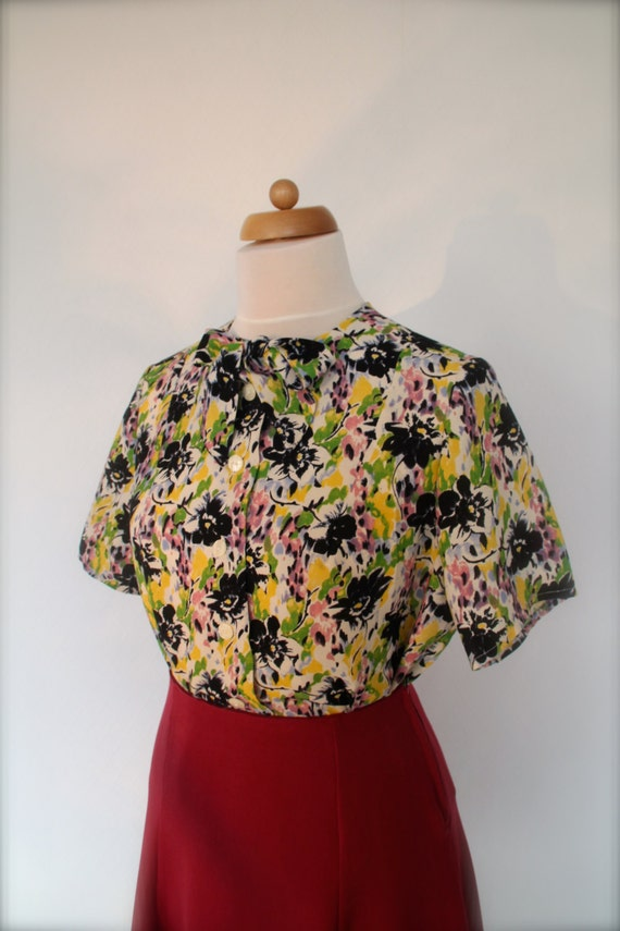 Vintage & Retro Shirts, Halter Tops, Blouses 1930s print blouse bow tie Lindy Hop blouse $149.65 AT vintagedancer.com