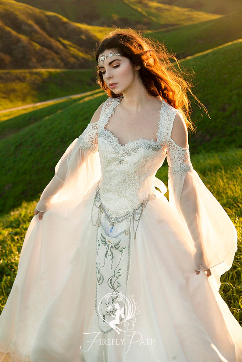 medieval wedding gowns - 736×920
