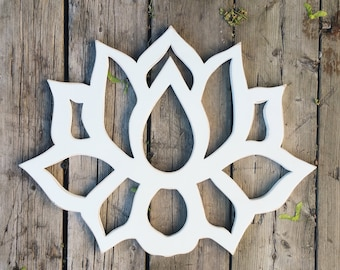 Reclaimed wood wall art / Lotus Flower Wood Wall Art / Lotus art