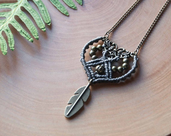 Autumn feather necklace