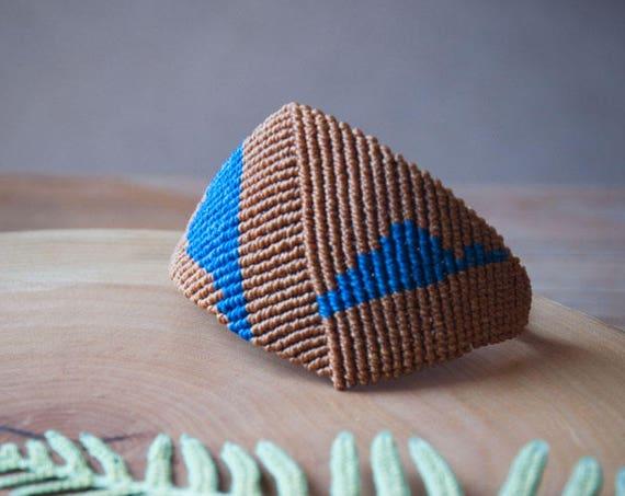 Macrame geometric bracelet