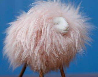 Pink sheep - Arttoy - 2 -