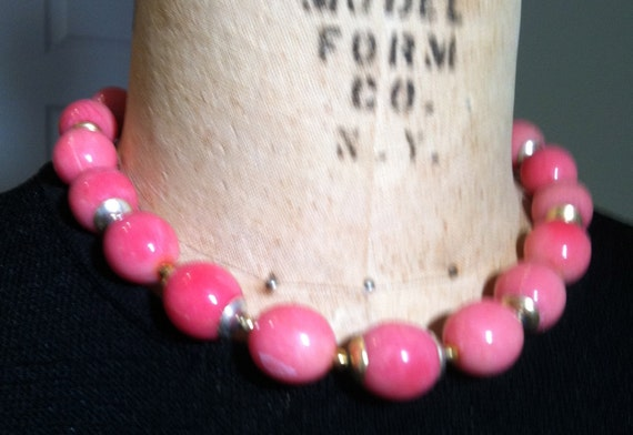 "1950s PINK CHOKER Necklace   17"" Long"
