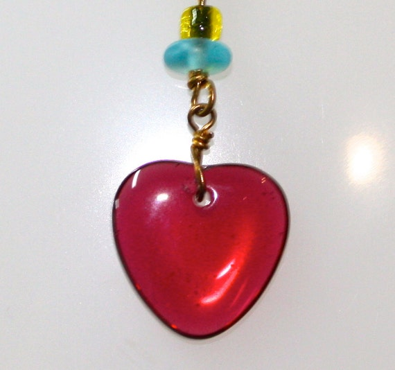 """1980 VINTAGE Glass Red Heart Pendant  5/8"""" Long on 18KGF over 925 Sterling 18"""" Chain"""