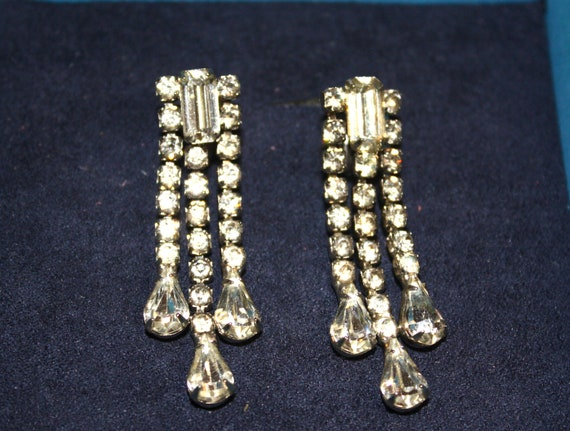 Glass Rhinestone Screw-back Earrings