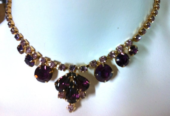 Vintage PURPLE RHINESTONE Choker and Clip Earrings    15""