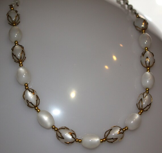 Vintage Pearlized BEAD NECKLACE  24""