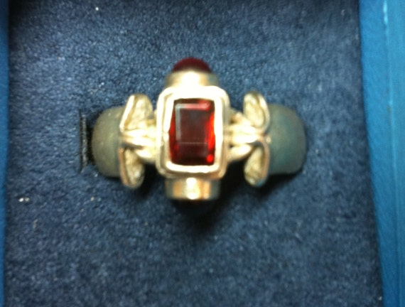 1950s GENTS RING:  925 Sterling Silver with 3 Red Gemstones    Size 10-1/4