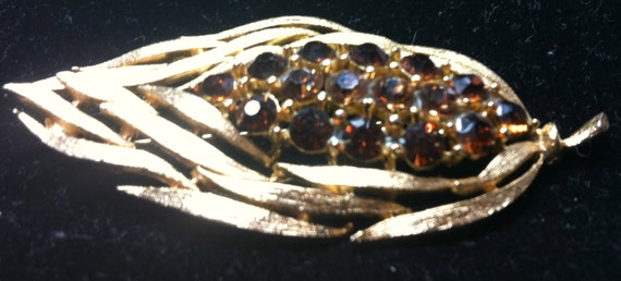 "LISNER BROOCH:  Leaf with Topaz Colored Rhinestones    2-3/4"" x 1-1/8"""
