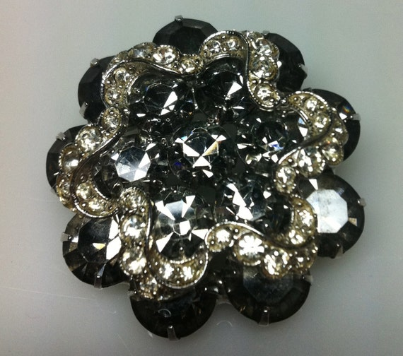 1940s WEISS BROOCH:  Rhinestone Black with Rhinestone Ribbon   1-3/4""