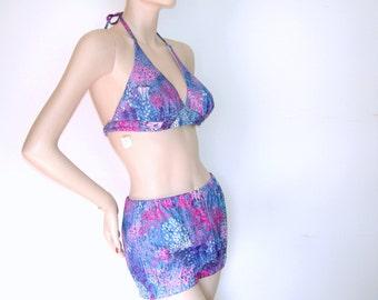 dce947fe24cb1 Vtg 60s 70s Hawaiian Bikini Swimsuit JC PENNEY Floral Rockabilly  Bathingsuit Sarong Skirt Bombshell Pin-up Mad Men NWT Deadstock 3 Piece 18