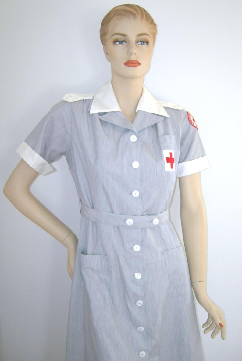 Dimensione di WWII Vintage 1940s 1950s AMERICAN croce rossa  69cc80f21b77