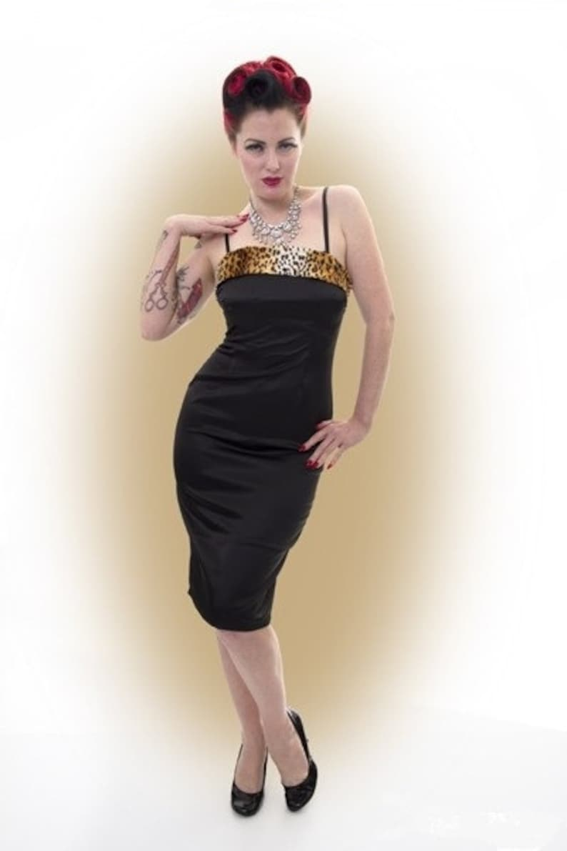 Vintage 50s Retro PINUP COUTURE Pinup Girl clothing Dress  5641900a3
