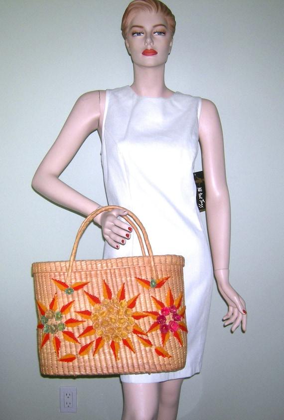 Vintage 1950s Straw Bag/ Raffia Flower/ Woven Bag/