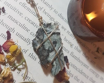 Raw Druzy Agate wire wrapped necklace