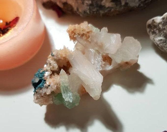 Green Apophillite Stilbite and Heulandite Cluster - Rare crystals - Apophyllite - Stilbite - Green Apophyllite - Heulandite