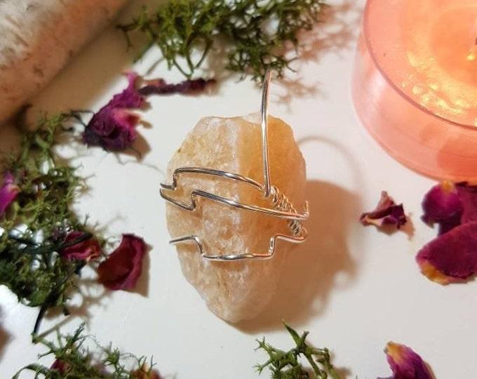 Pale Peach Aventurine pendant