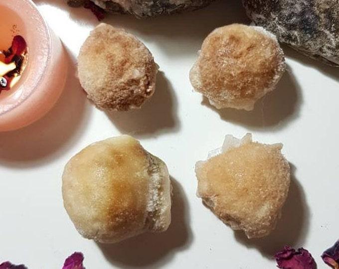 Thompsonite ball from India - Rare crystals - Thompsonite