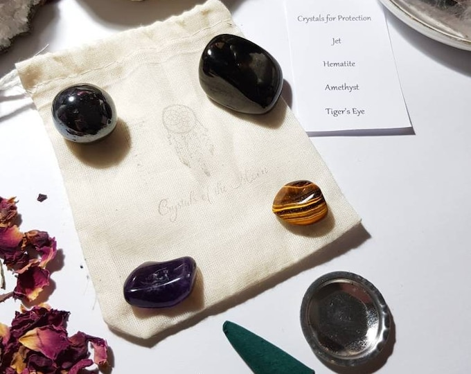 Crystals for Protection - Crystal pouch - Crystal set - Reiki Infused Crystals