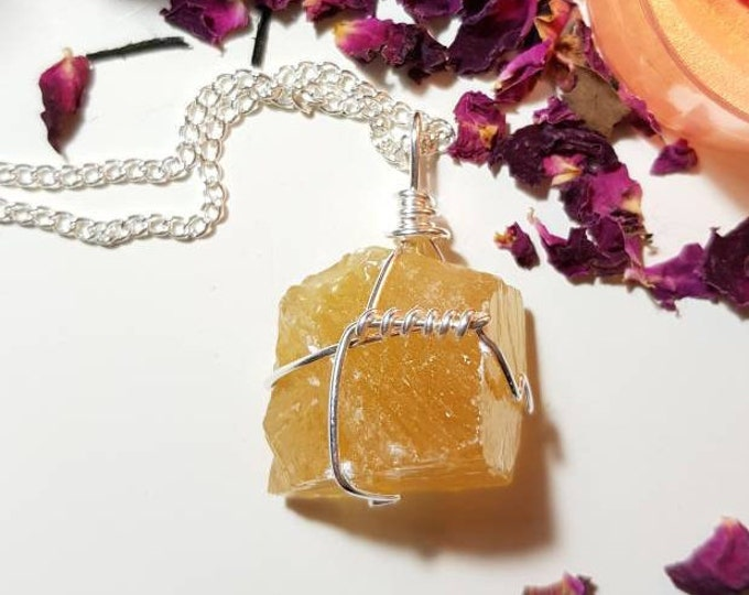 Honey Calcite necklace / Sacral Chakra