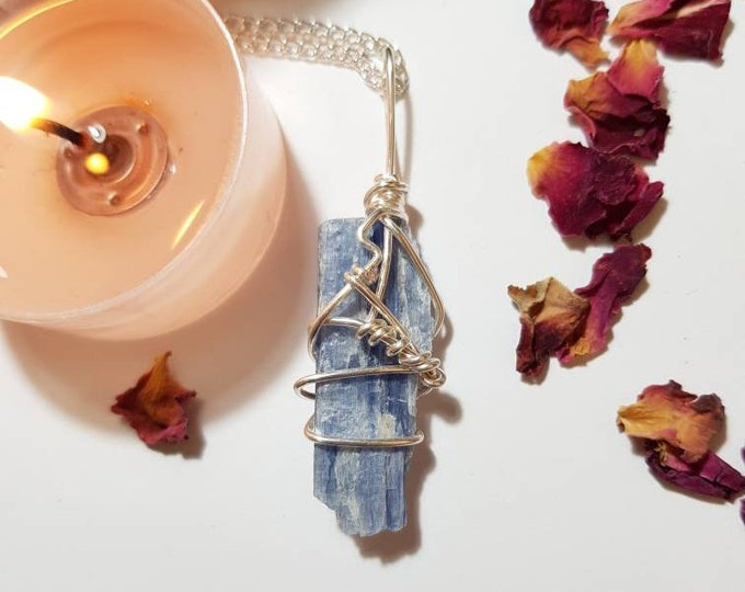 Blue Kyanite necklace - Throat Chakra - Blue Kyanite